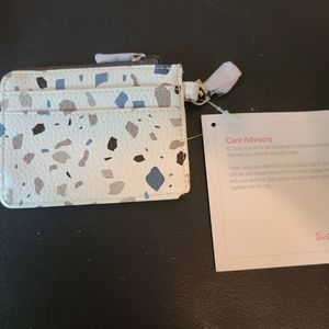 Thirty-One Light Traveller Card Wallet